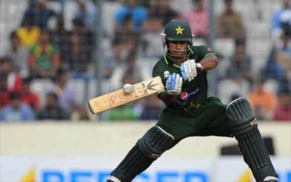 Pakistan record a narrow win over SL